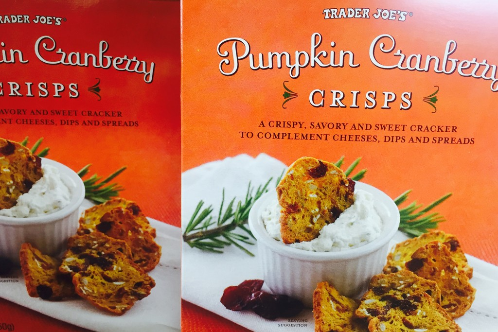 trader-joe-pumkin-cranberry-crisps-4432