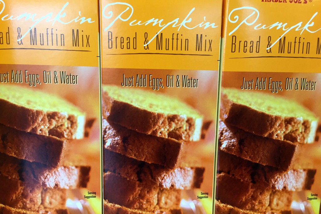 trader-joe-pumpkin-bread-muffin-mix-4400